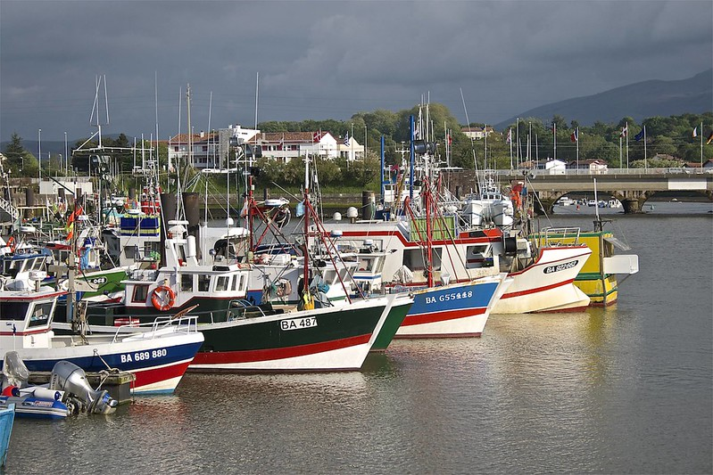 Saint-Jean-de-Luz, cité mythique de la côte basque entre mer et montagne