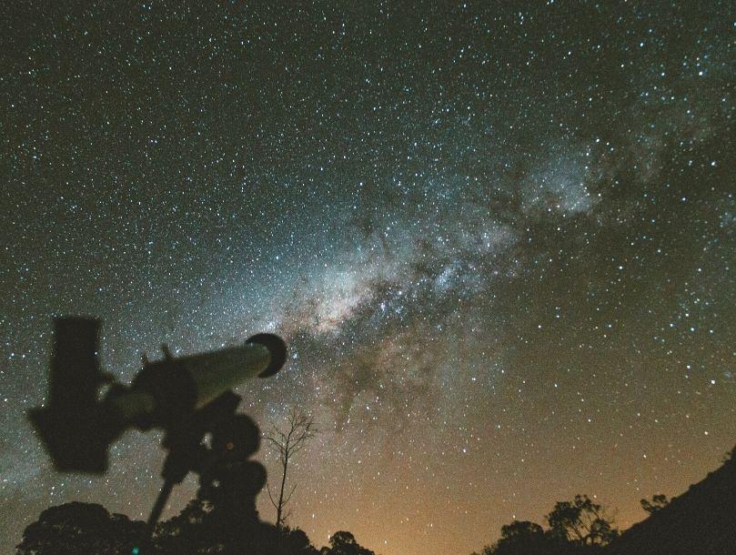 Une nuit sous les étoiles : ce que nous apprend l'observation du ciel